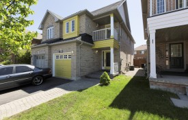 Semi Detached for Sale in Mississauga.